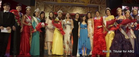 Winners of the Mrs Philippines Globe 2014 with the judges