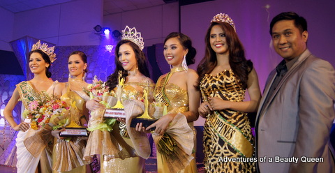John dela Vega on the far right.... next to him is Ali Forbes then Erna Gomez, winner Kim Karlsson, Rose Fajardo and the reigning Miss Grand Int'l Janelee Chaparro