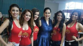 Team Red is (L-R) Diana, Leslie, Keena, me, Jane and Pia