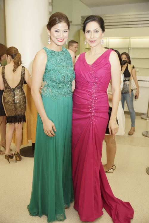 Lovely queens in Fuschia and Sea Green
